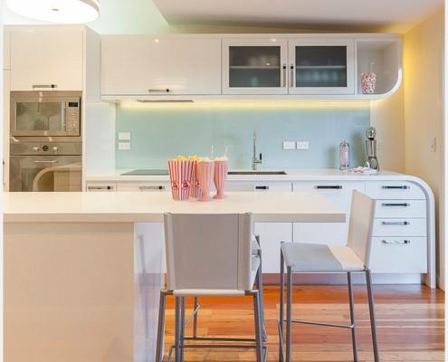 1характерные цвета кухни модерн