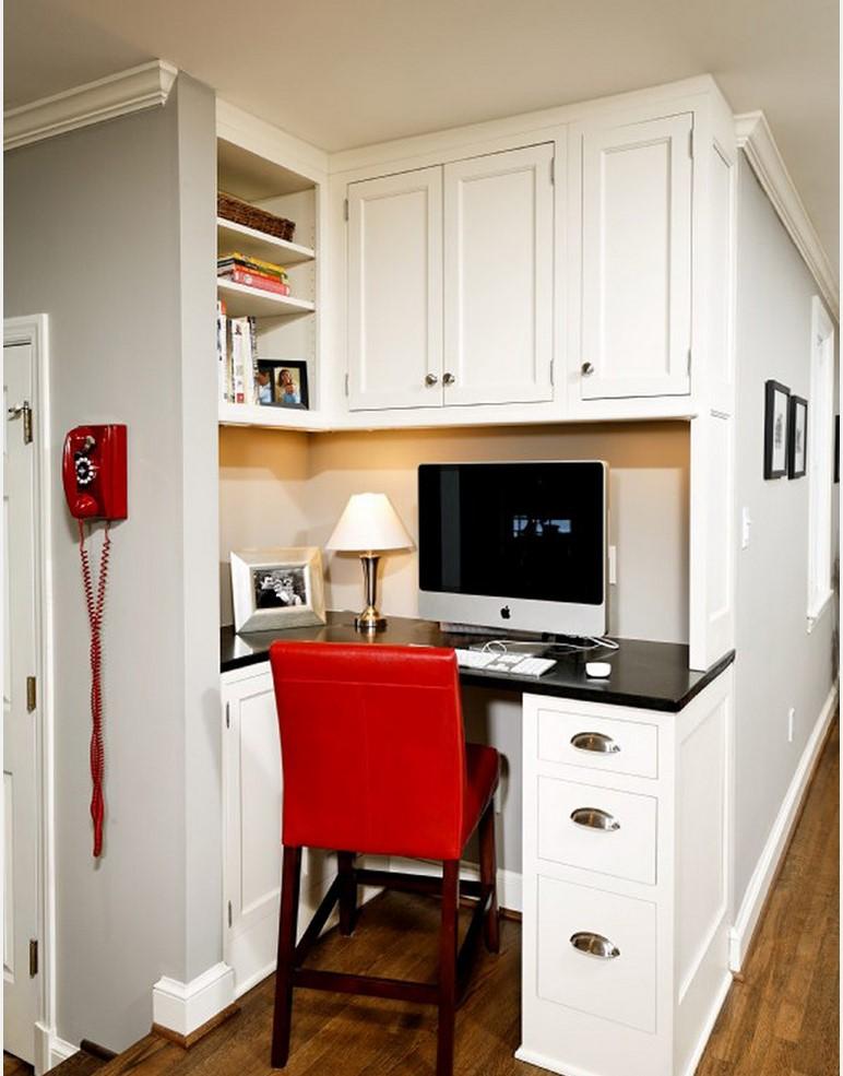 Главной особенностью вспомогательной мебели является удобство пользования ею