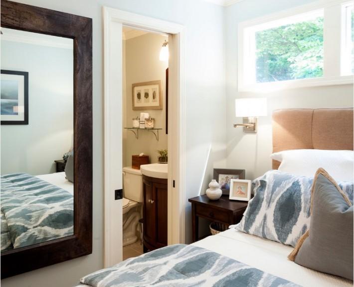 Зеркало возле кровати не рекомендуется