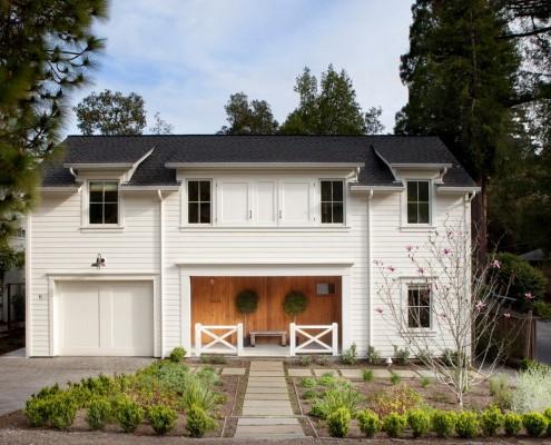"""""""Вагонка"""" обеспечивает высокое качество облицовки дома и прекрасный его дизайн"""