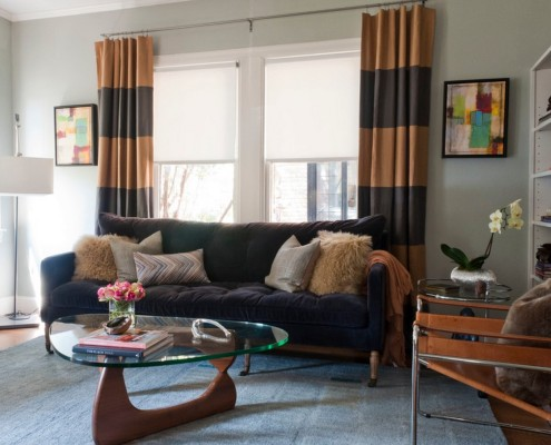 контраст черного с другими цветами характерен для штор в стиле хай-тек
