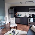Стираем границы пространства: стеклянные перегородки в квартире