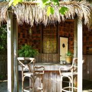 Садовая мебель в экстерьере