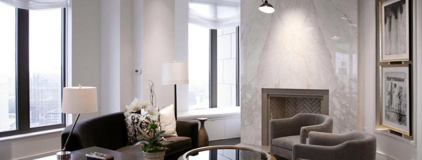Интерьер современной гостиной больших размеров