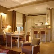 Мягкий свет для кухни-студии