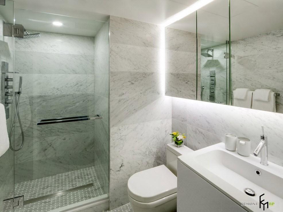 Мрамор и стекло в ванной