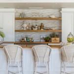 Барная стойка: оптимальный способ организации пространства в современных квартирах и домах