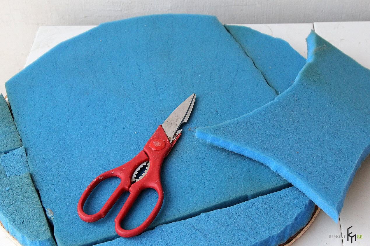 Одиннадцатый этап изготовления стула