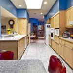 Свежая идея: кухня, совмещенная с коридором