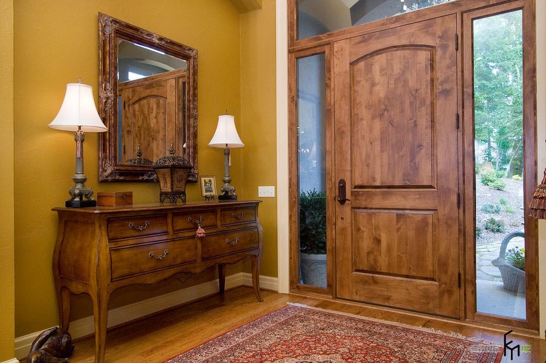 Современный дизайн входной двери – вид изнутри помещения: интерьер на фото