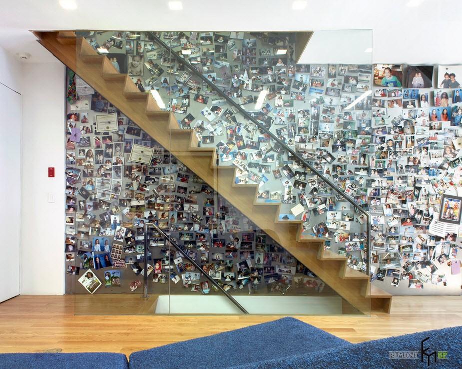Стена, украшенная фотографиями