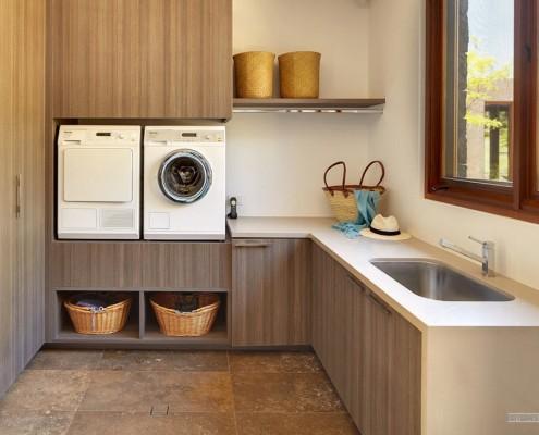 Стиральная и посудомоечная машины в японском доме