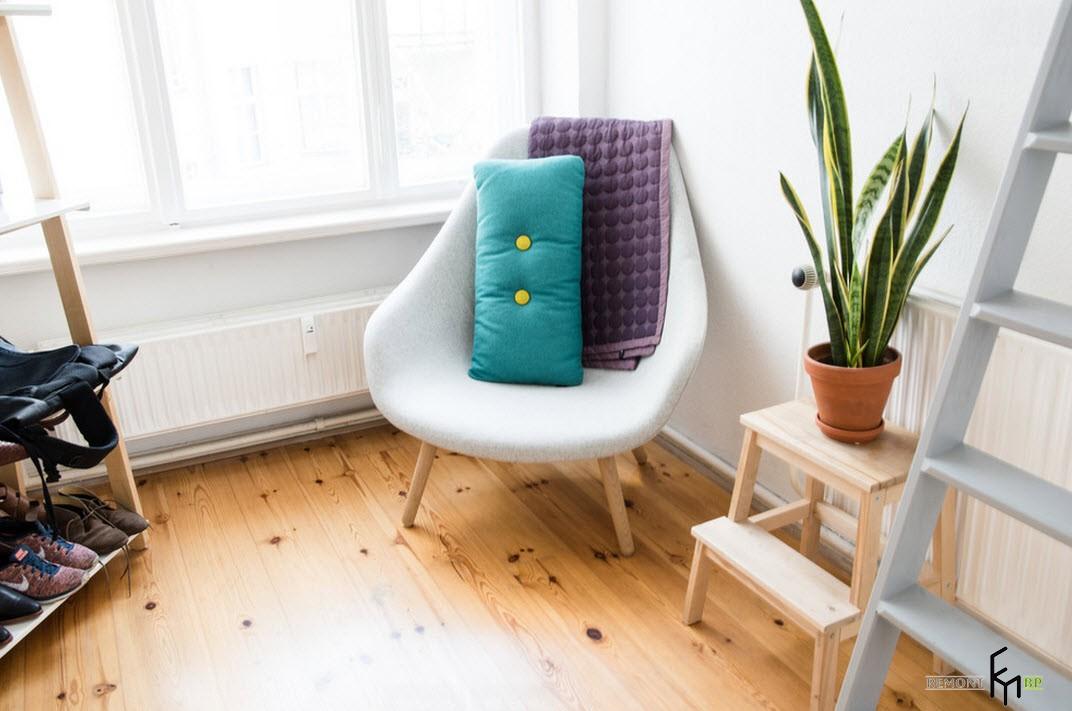 Необычное кресло в скандинавском интерьере