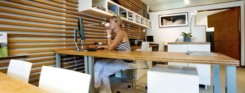 Оригинальный кабинет в стиле модерн