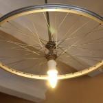 Как сделать креативную люстру из велосипедного колеса