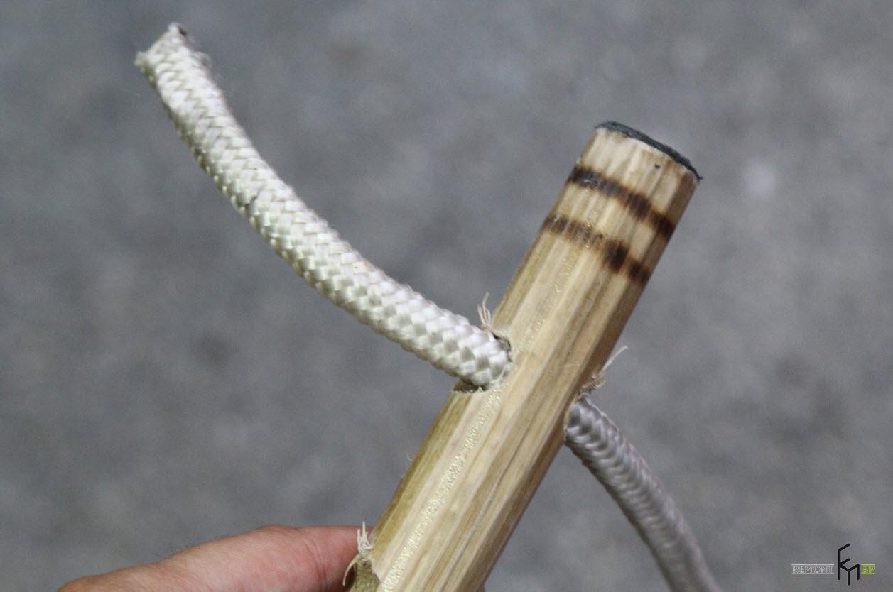 Первый шаг девятого этапа изготовления кресла-гамака