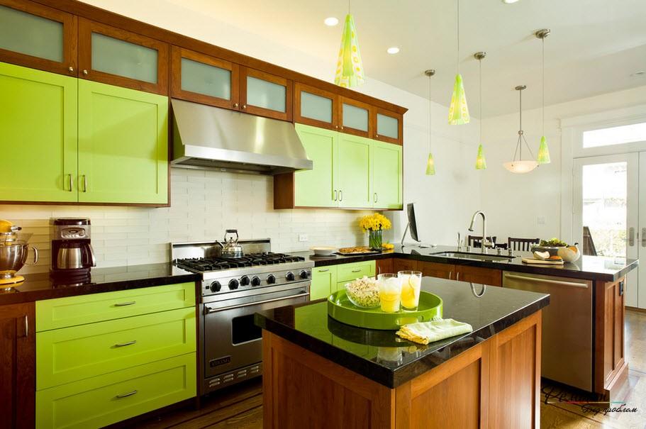 Яркие фасады кухонного гарнитура