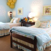 Деская комната для двоих в голубых тонах