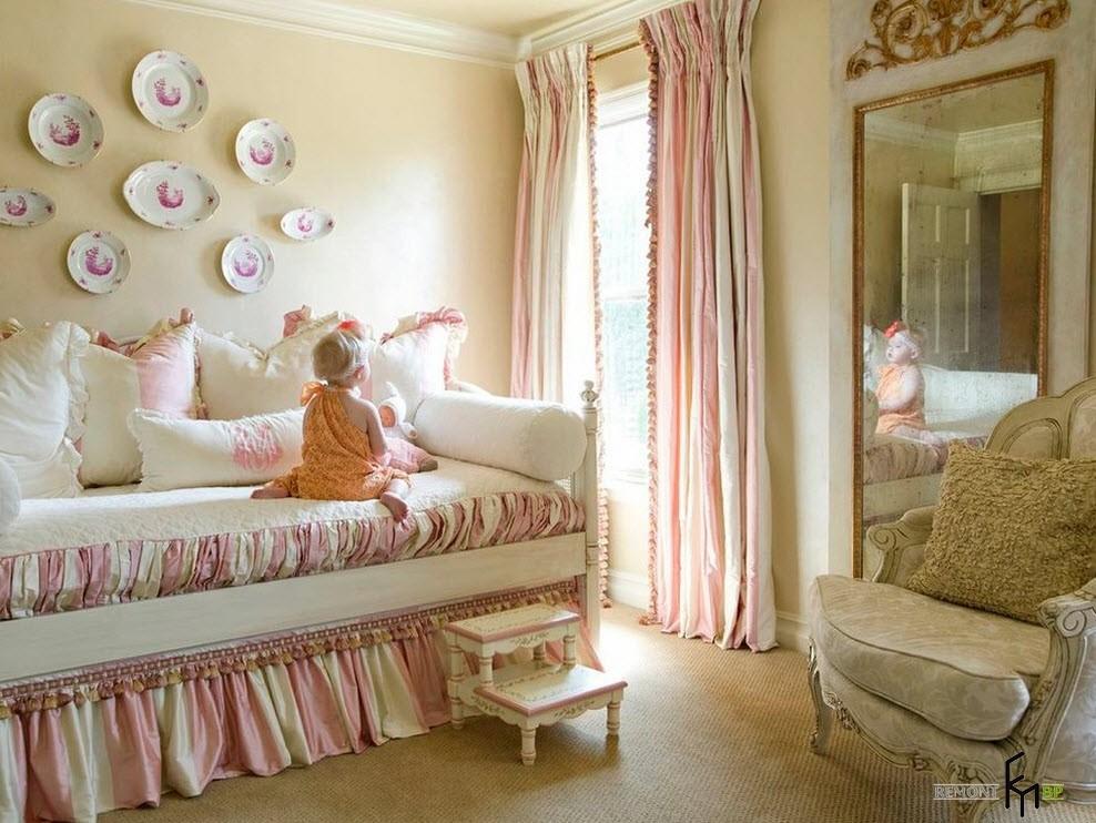 Нарядная спальня