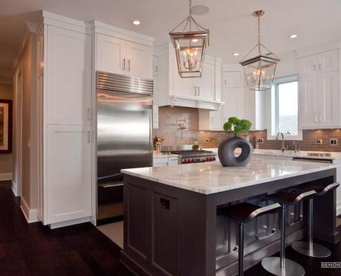 кухня с коридором совмещенная фото