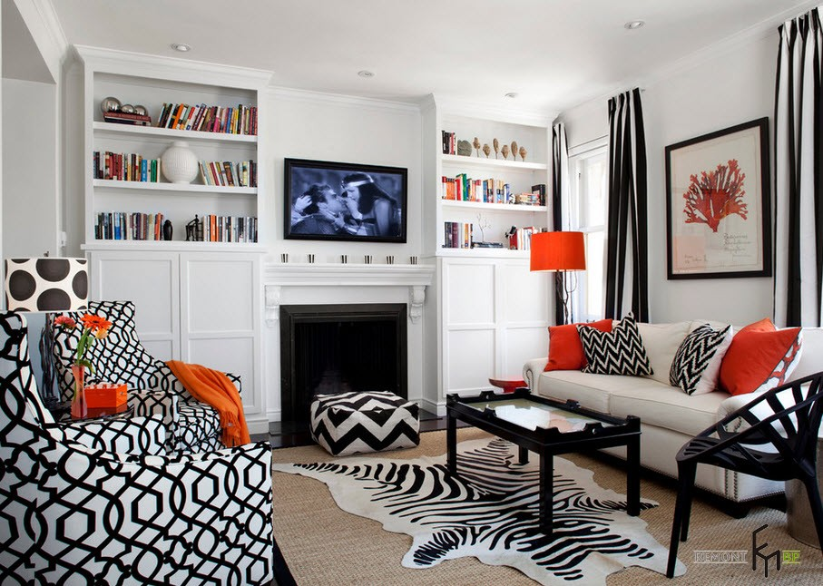 Черно-белые полосатые шторы