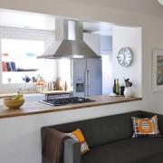 Зонирование пространства на кухне и в коридоре