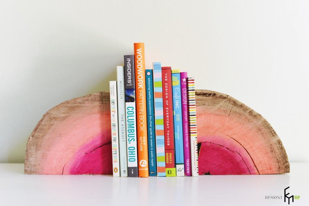 Как сделать простую подставку для книг из дерева своими руками