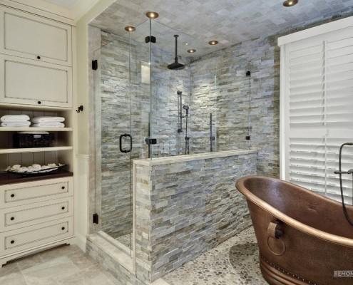 Необычный душ в ванной