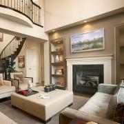 Оформление гостиной с лестницей