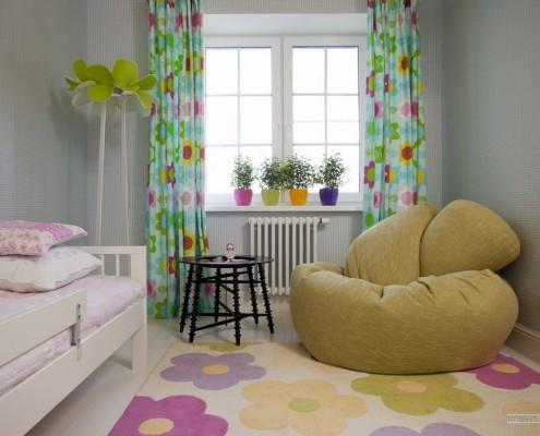 Цветочные мотивы в детской