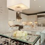 Стеклянные столы для стильной кухни