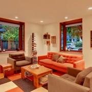 Оранжевая мебель в интерьере
