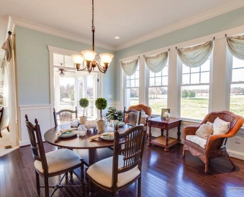 Загородный дом в классическом стиле: интерьер и дизайн на фото