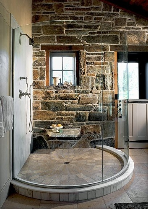 Камень в ванной