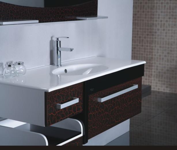 Необычная мебель в ванной