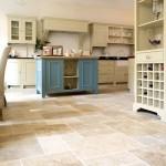 Классические отделочные материалы при обустройстве кухни