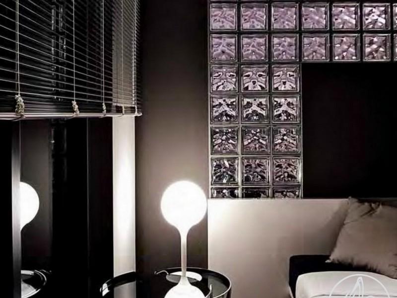 Интерьер со стеклоблоками