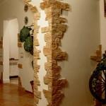 Декор дверных проемов камнем