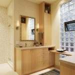 Стеклоблок в интерьере ванной на фото