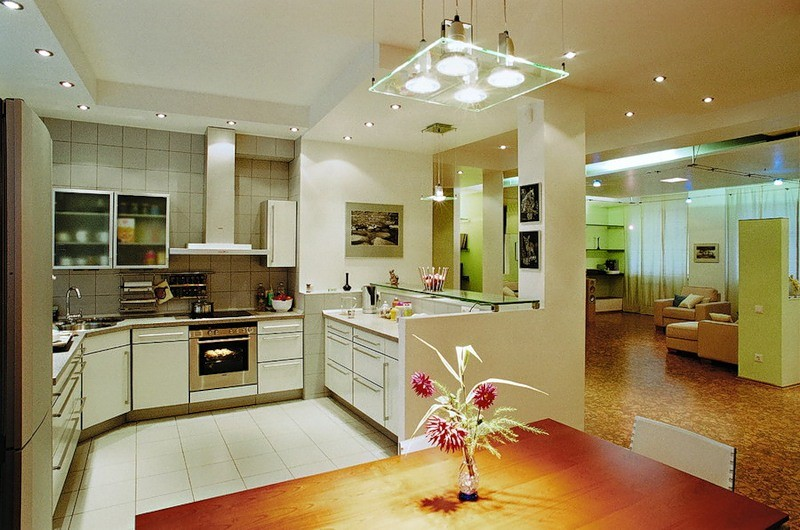 Современное освещение на кухне