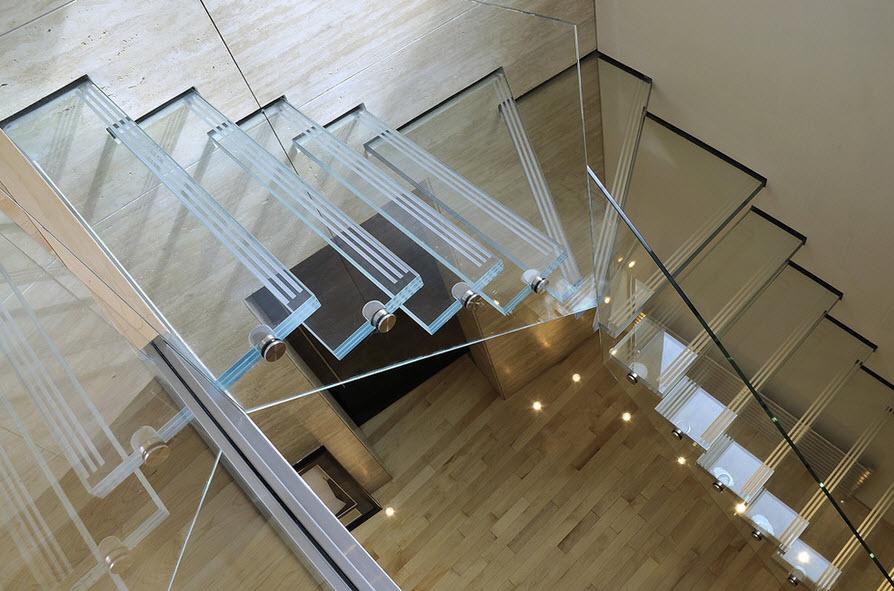 Стеклянная лестница фото в интерьере