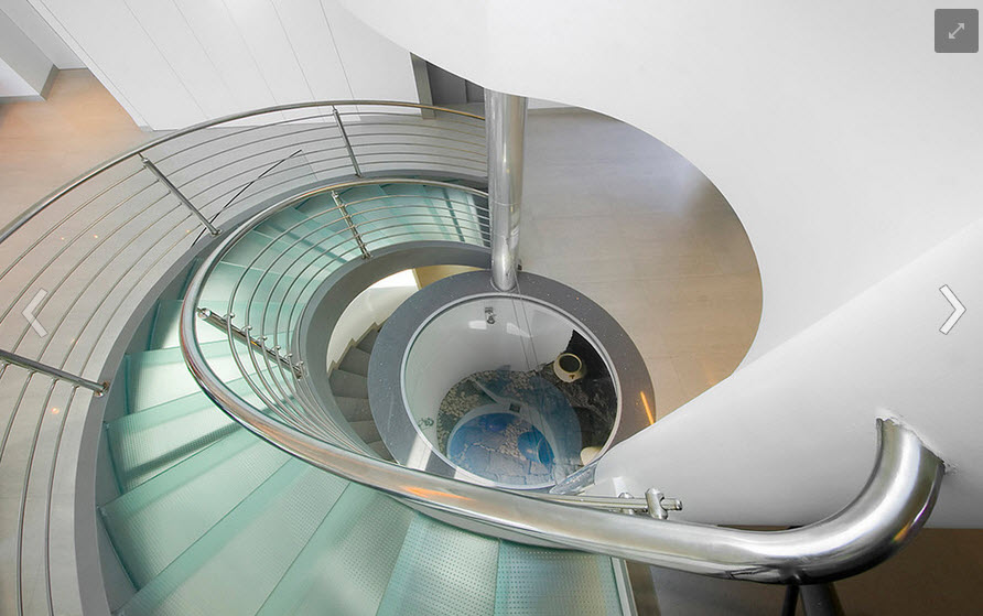 Стеклянная лестница фото
