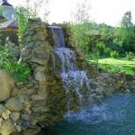 Водопад на даче фото