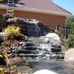 Искусственные водопады на даче