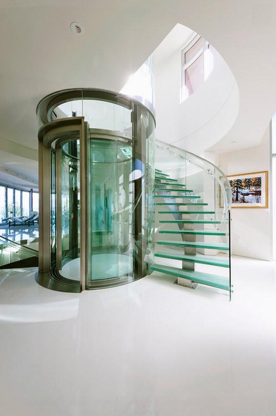 Дизайн стеклянной лестницы