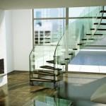 Лестница из стекла: интерьер и дизайн