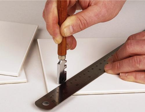 carrelage listel rouge valence le tampon les abymes tarif artisan plombier peindre. Black Bedroom Furniture Sets. Home Design Ideas
