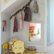 Зеркало в интерьере детской, 20 идей и вариантов