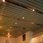 Реечный потолок точечный свет