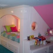 Оригинальная кровать в детскую